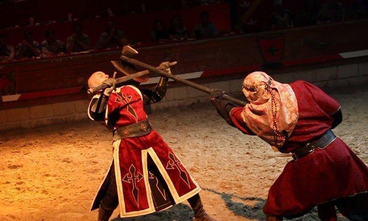 Torneos Personalizados Dîner-spectacle Desafío Medieval Alfas del Pi